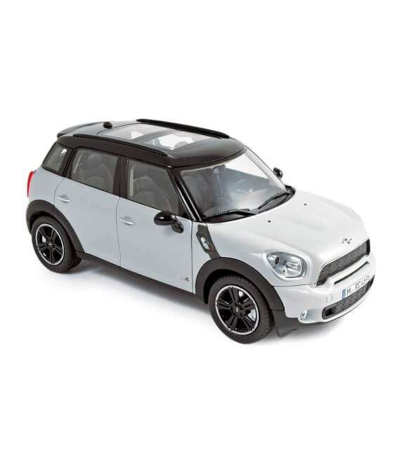Mini Cooper S 2010 - Light White with black roof