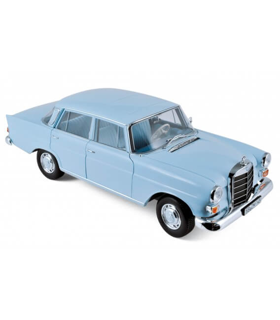 Mercedes-Benz 200 Sedan 1966 - Light Blue