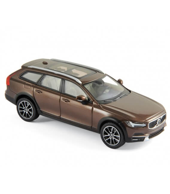 Volvo V90 Cross Country 2017 - Maple Brown