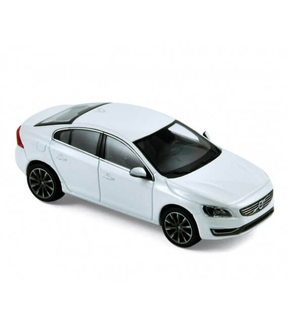 Volvo S60 2013 - Crystal White Pearl
