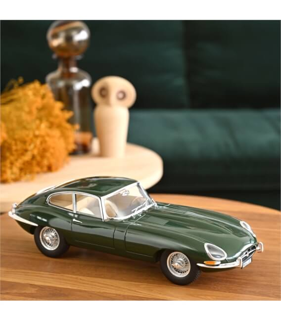 Jaguar E-Type Coupé 4.2 L 1964 - Green