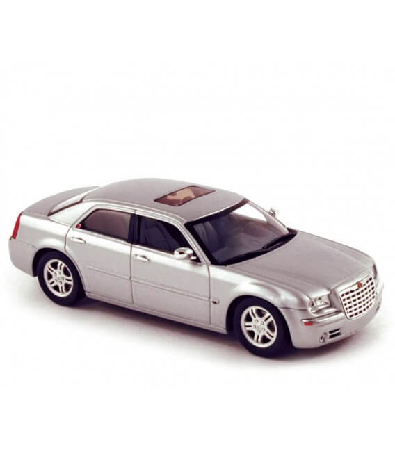 Chrysler 300C 2004 - Bright Silver