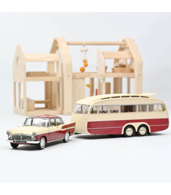 Simca Vedette Chambord 1958 & Caravane Henon - Cardinal Red & Ivory