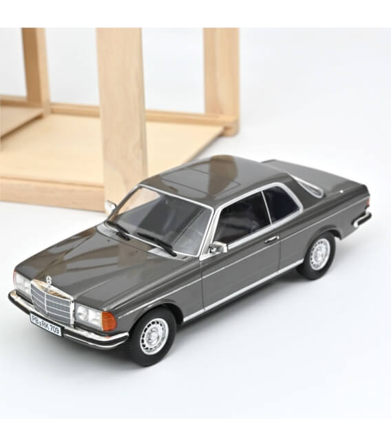 Mercedes-Benz 280 CE 1980 - Anthracite metallic